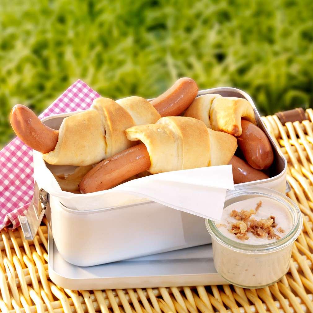Abbildung des Rezepts Wienerle im Picknickbrot
