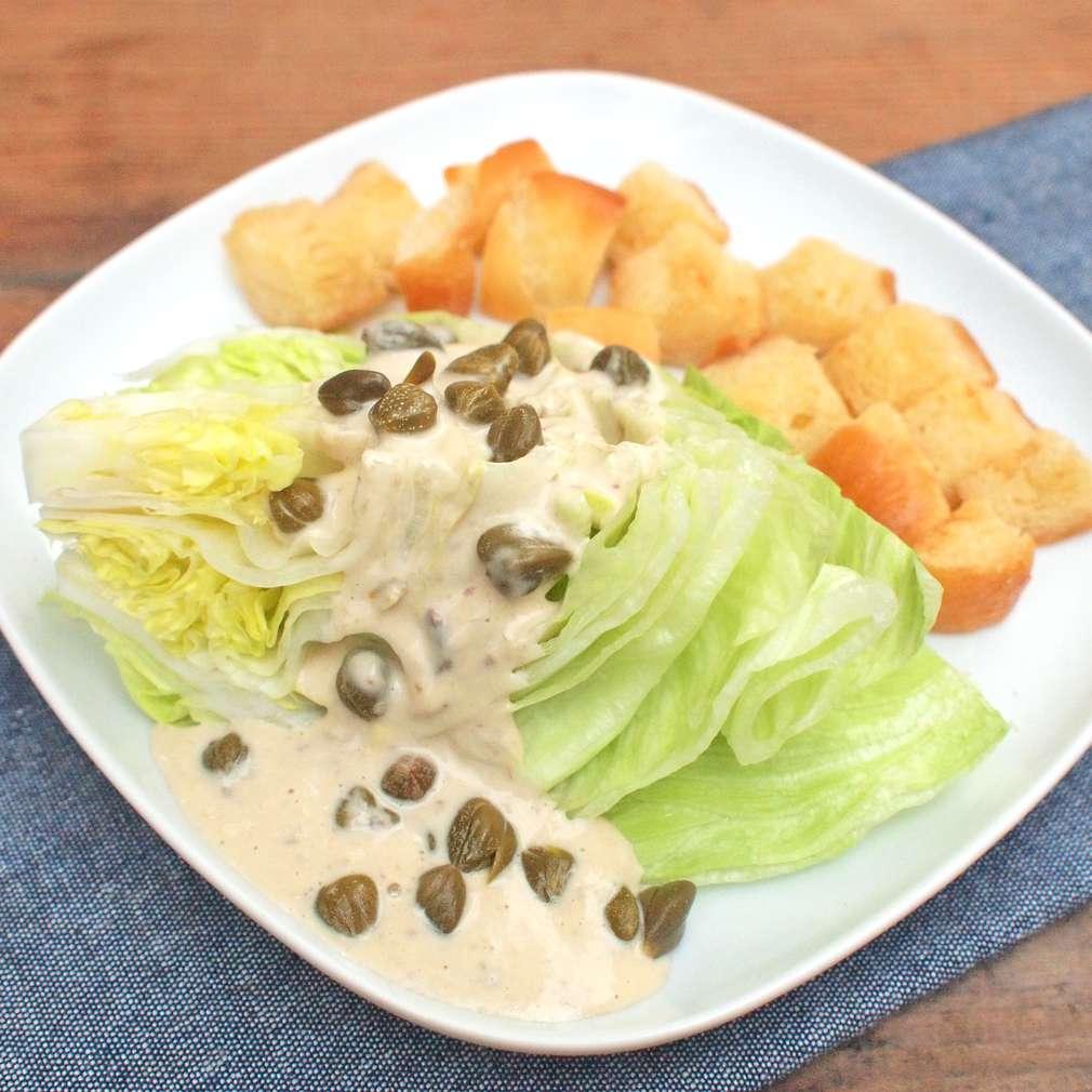 Zobrazit Salátové klíny s ančovičkovým dresinkem receptů