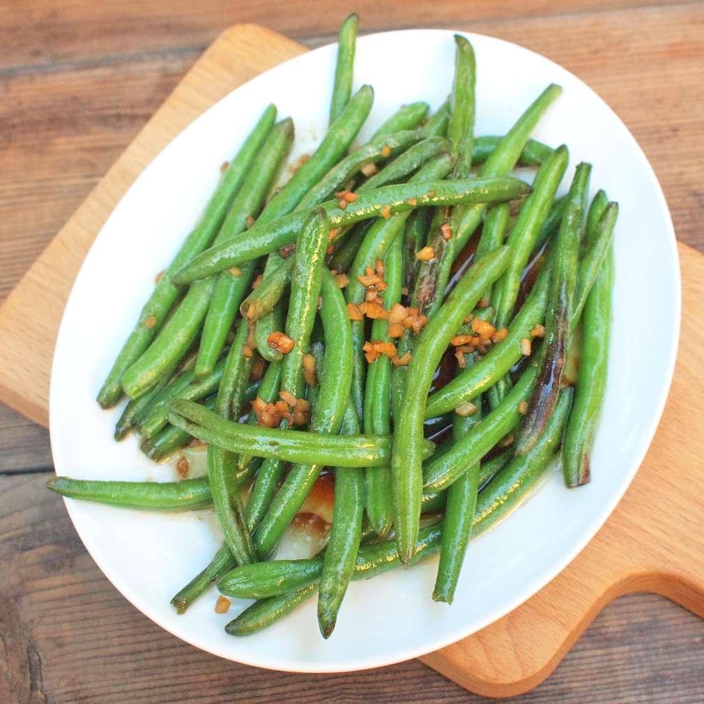 Zobrazit Zázvorové fazolky ve woku receptů