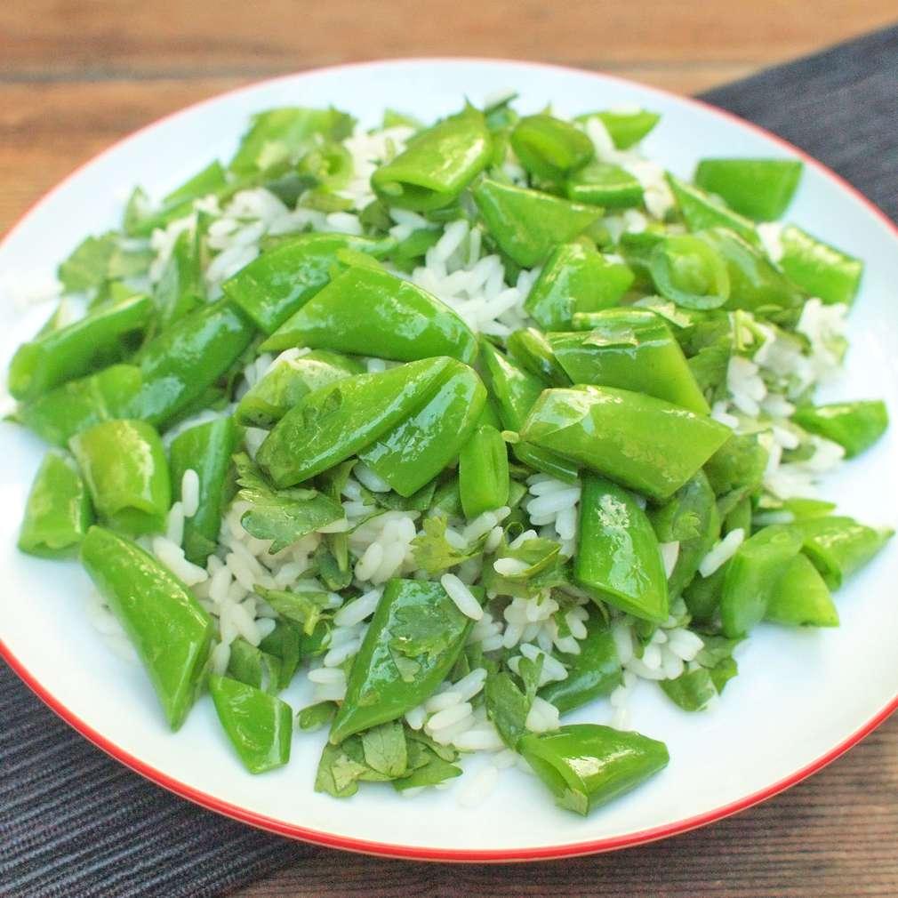 Zobrazit Koriandrová rýže s hráškovými lusky receptů