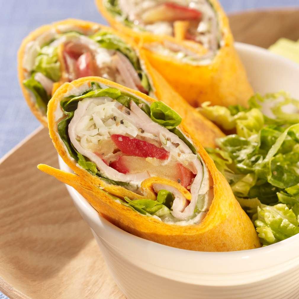 Zobrazit Wrap se šunkou, zelným salátem a křenem receptů