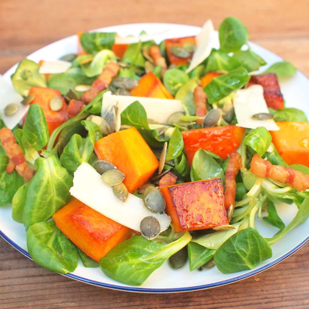 Zobrazit Salát z pečené dýně receptů