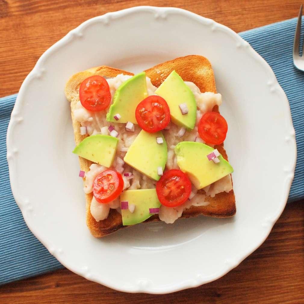 Zobrazit Fazolový sendvič s avokádem receptů