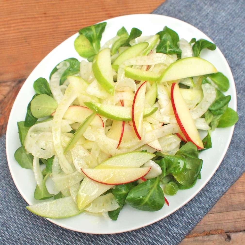 Zobrazit Fenyklový salát s jablky receptů