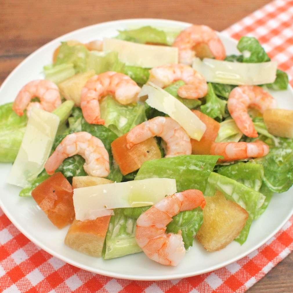 Zobrazit Caesar salát s krevetami receptů