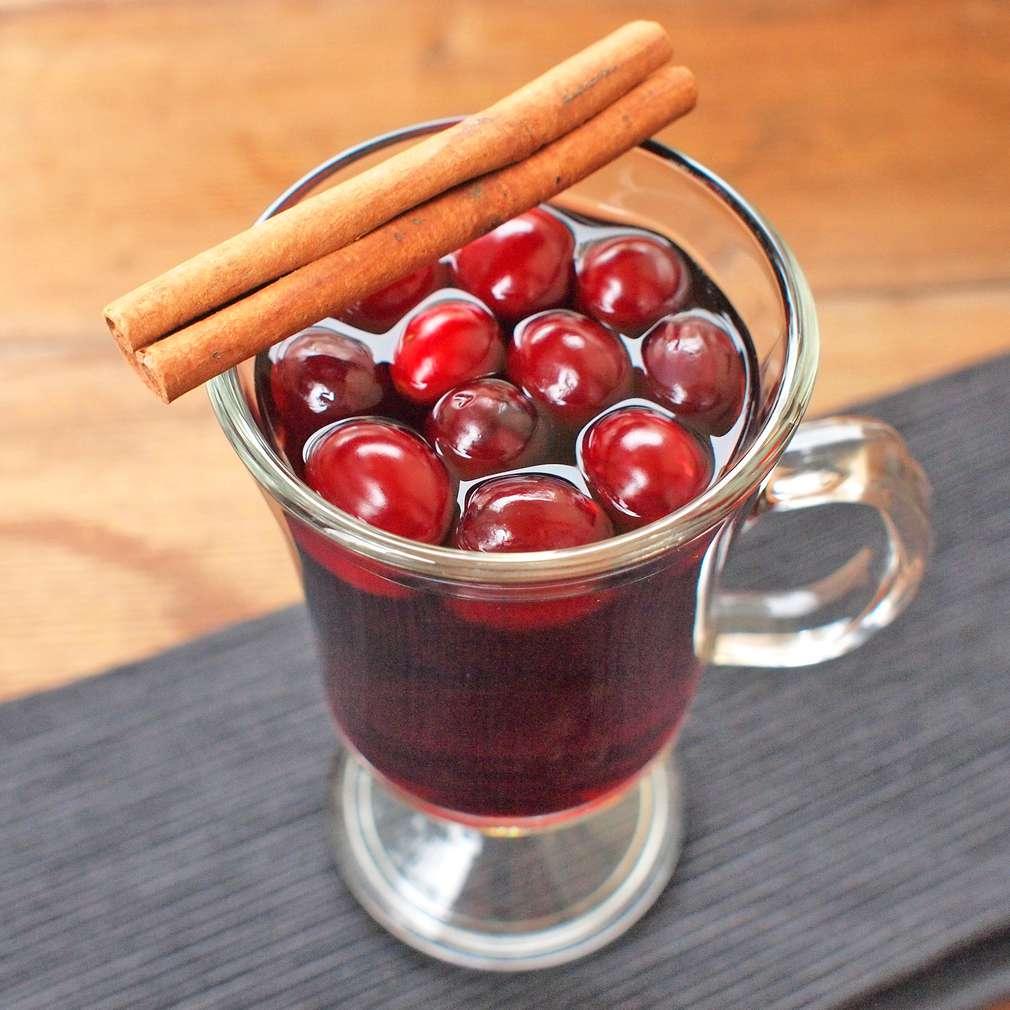 Zobrazit Brusinkové svařené víno receptů