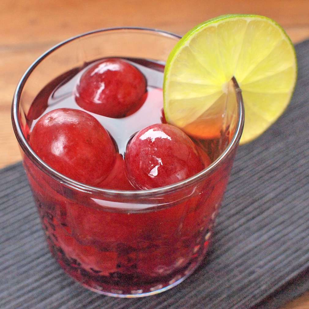 Zobrazit Punč s hroznovým vínem receptů