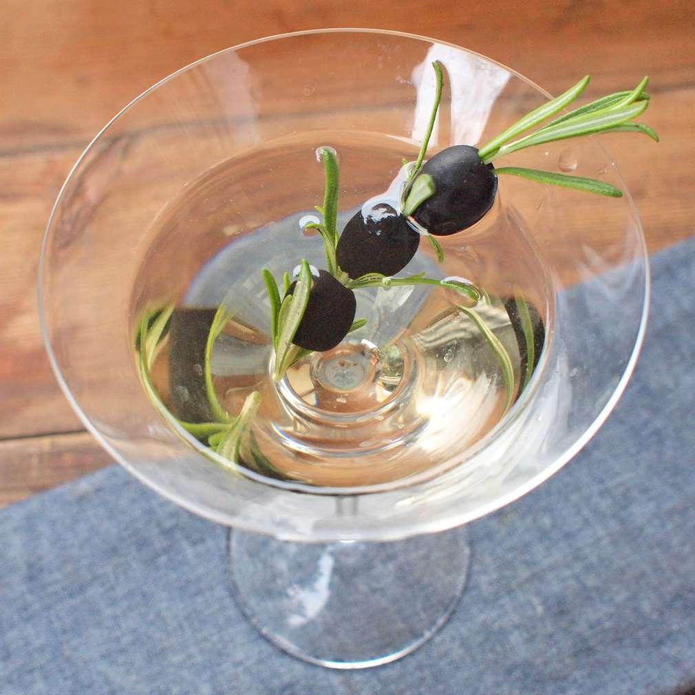Zobrazit Rozmarýnové martini receptů