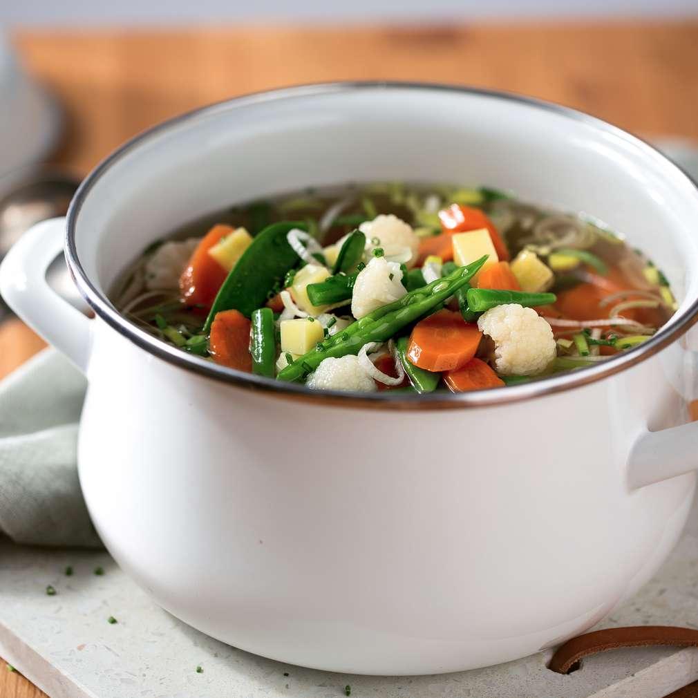 Zdjęcie przepisu Kolorowa zupa jarzynowa