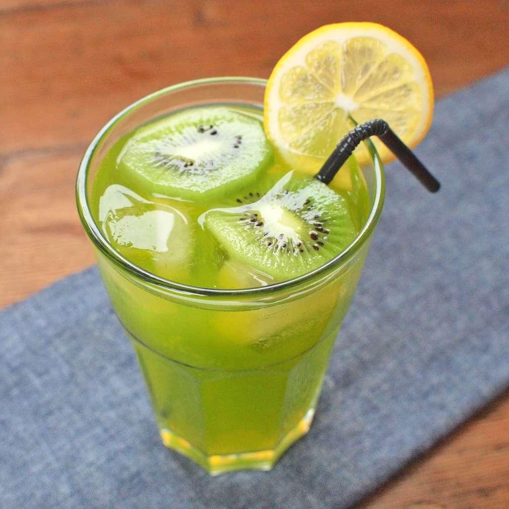 Zobrazit Kiwi limonáda receptů
