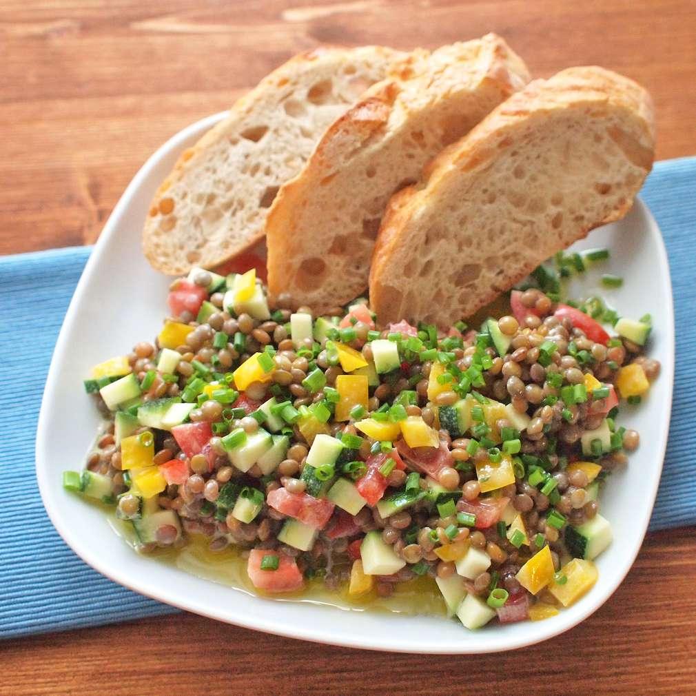 Zobrazit Krémový čočkový salát s tahini receptů