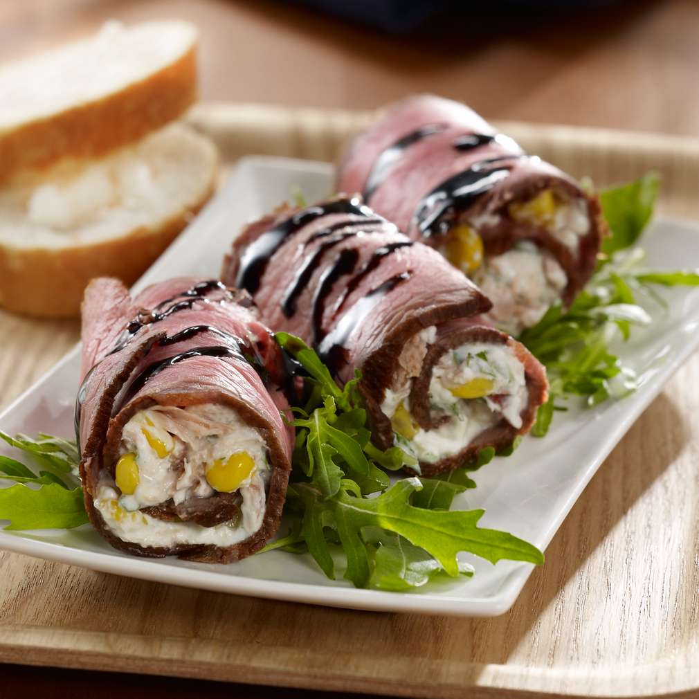 Zobrazit Tuňákové závitky z roastbeefu receptů