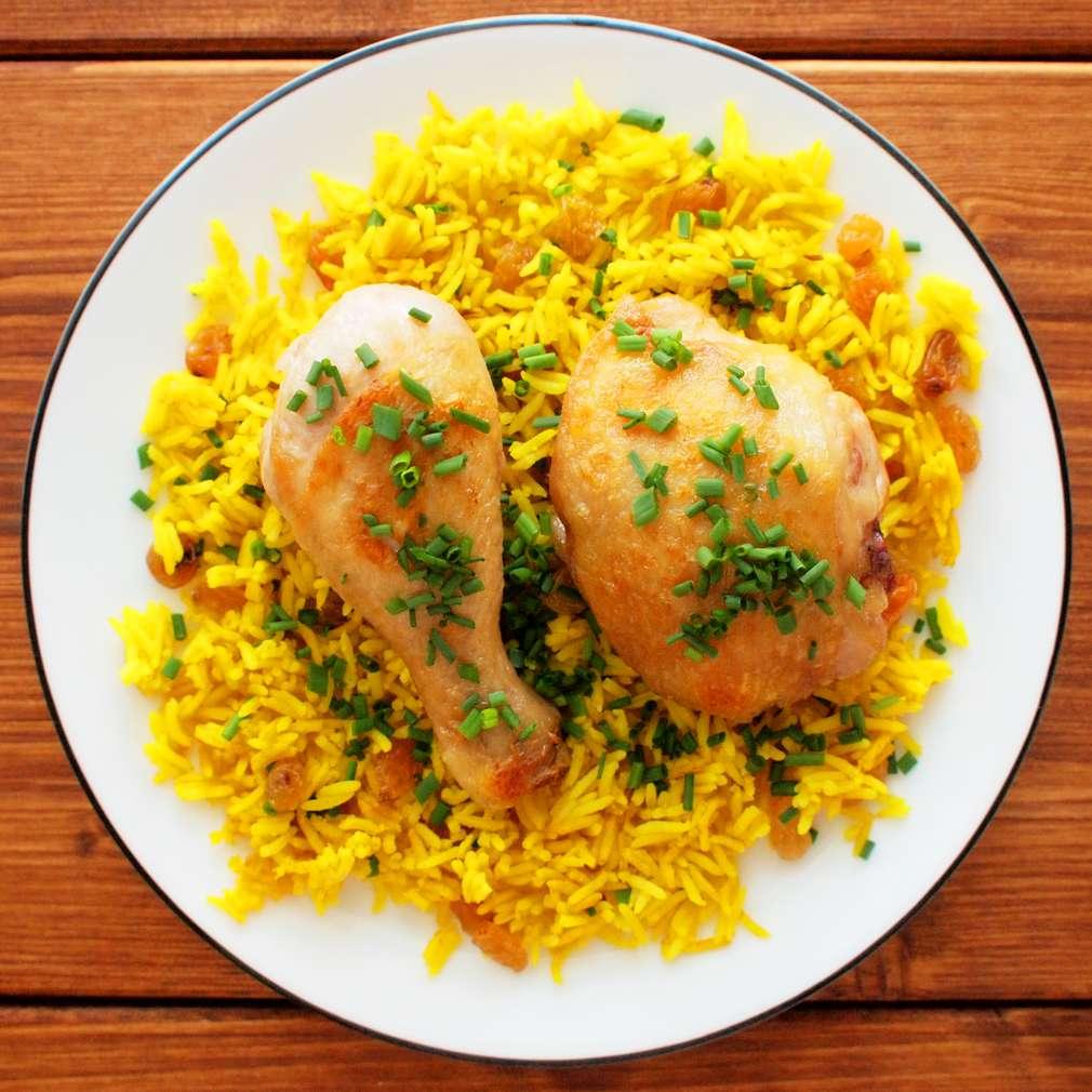 Zobrazit Pečené kuře se zlatou rýží receptů