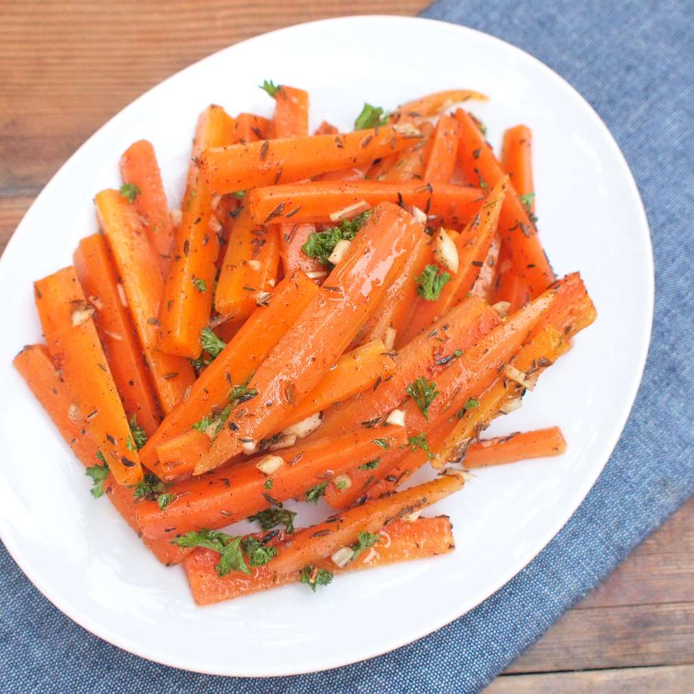 Zobrazit Voňavý mrkvový salát receptů