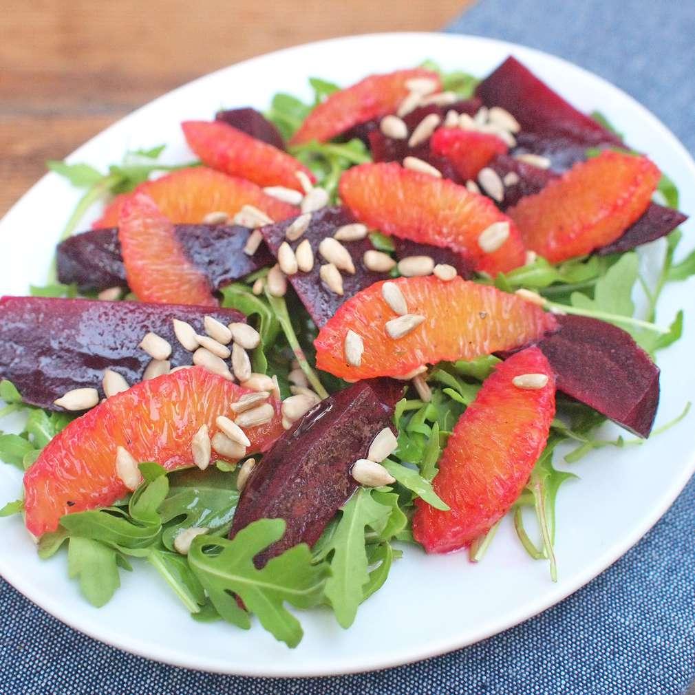 Zobrazit Řepný salát s pomeranči receptů