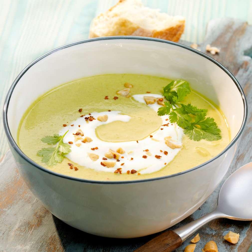 Zobrazit Zeleninový krém s arašídy a kokosovým mlékem receptů