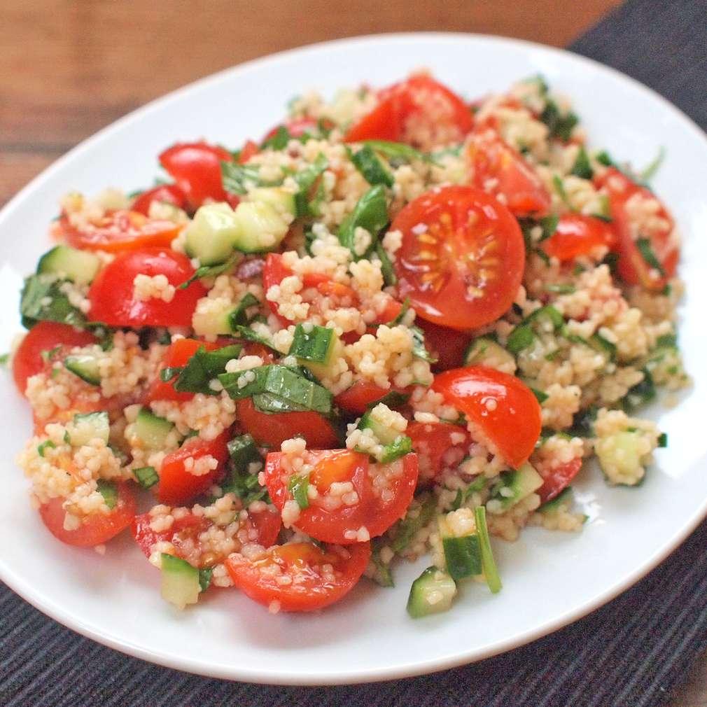 Zobrazit Rychlý kuskus s rajčaty receptů