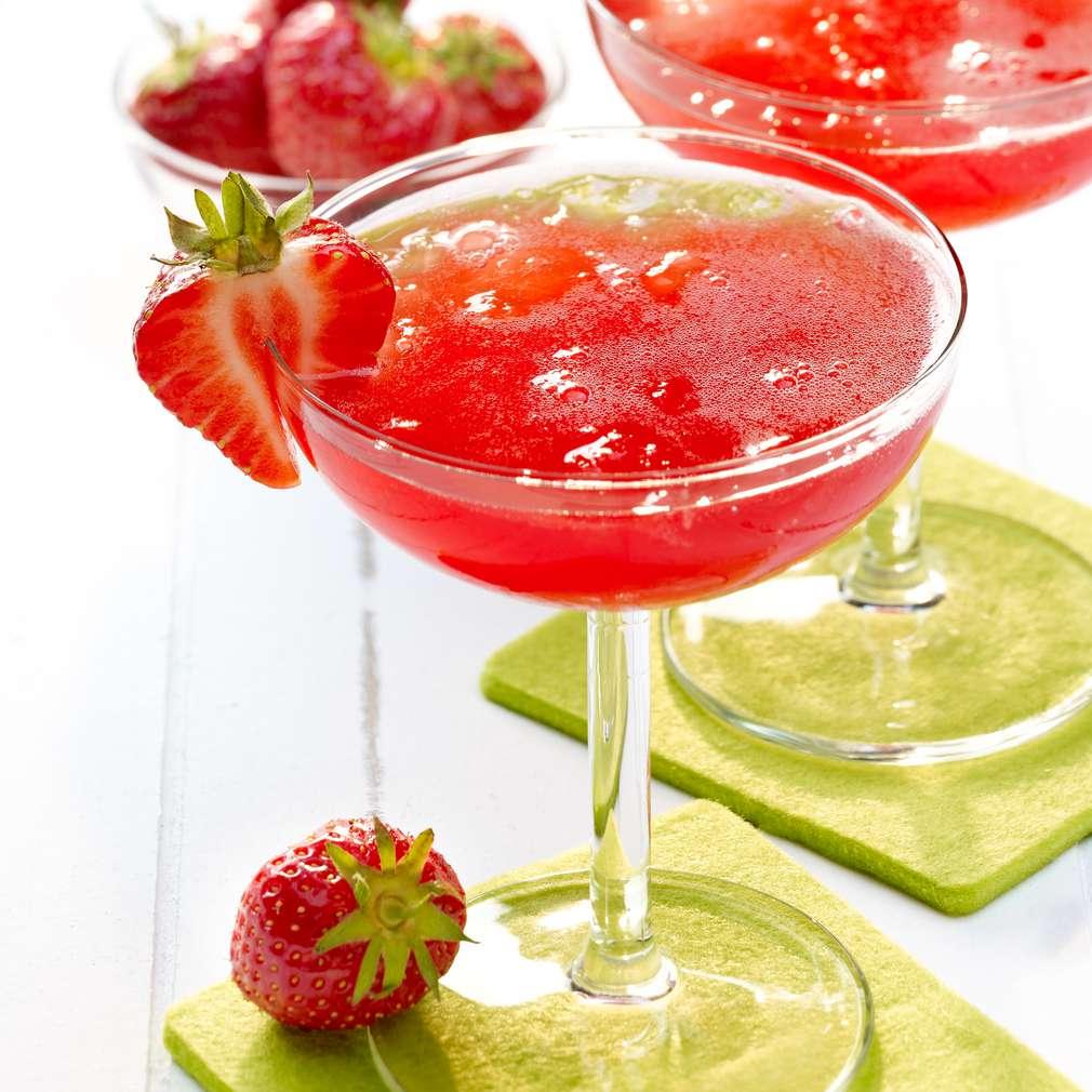 Abbildung des Rezepts Strawberry Fizzle Dizzle