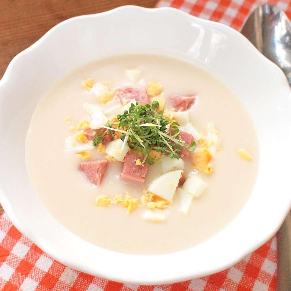 Zobrazit Velikonoční polévka s uzeným masem a vejcem receptů