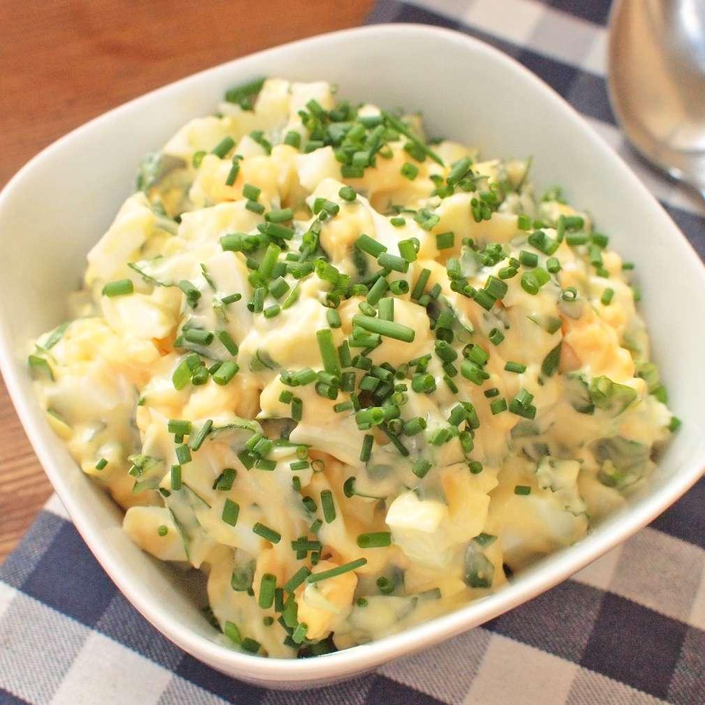 Zobrazit Vaječný salát s bylinkami receptů