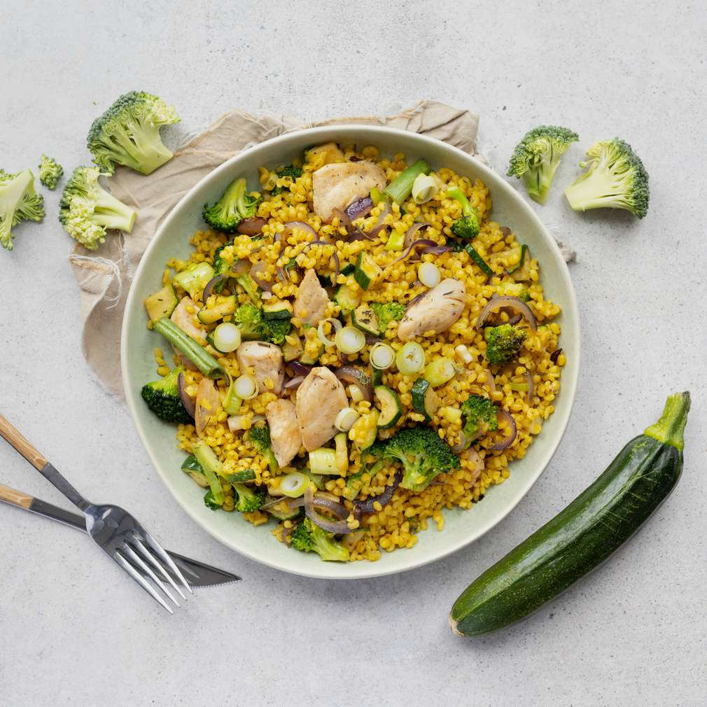 Zobrazit Bulgurové rizoto s kuřecím masem a zeleninou receptů