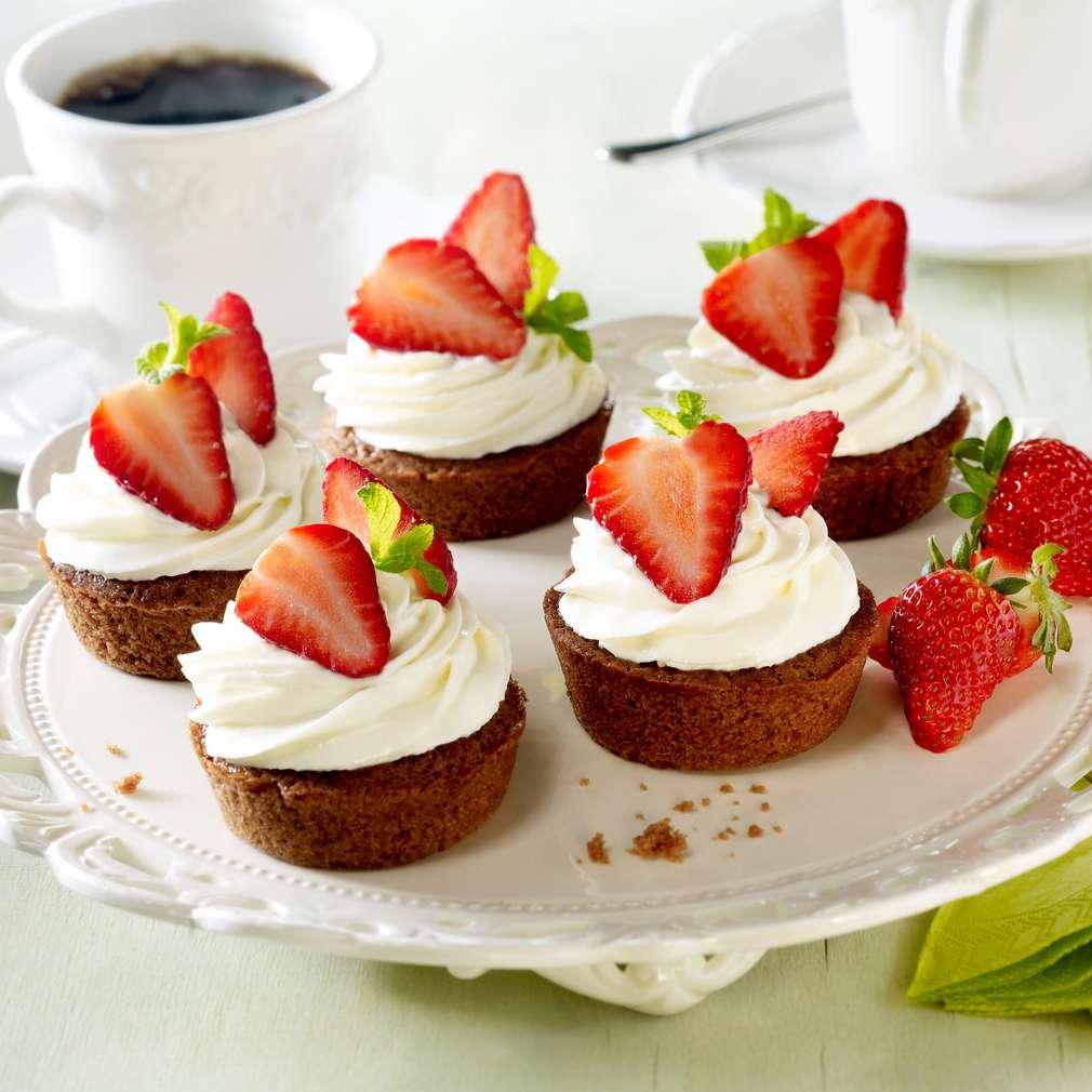 Abbildung des Rezepts Erdbeer-Kakao-Törtchen