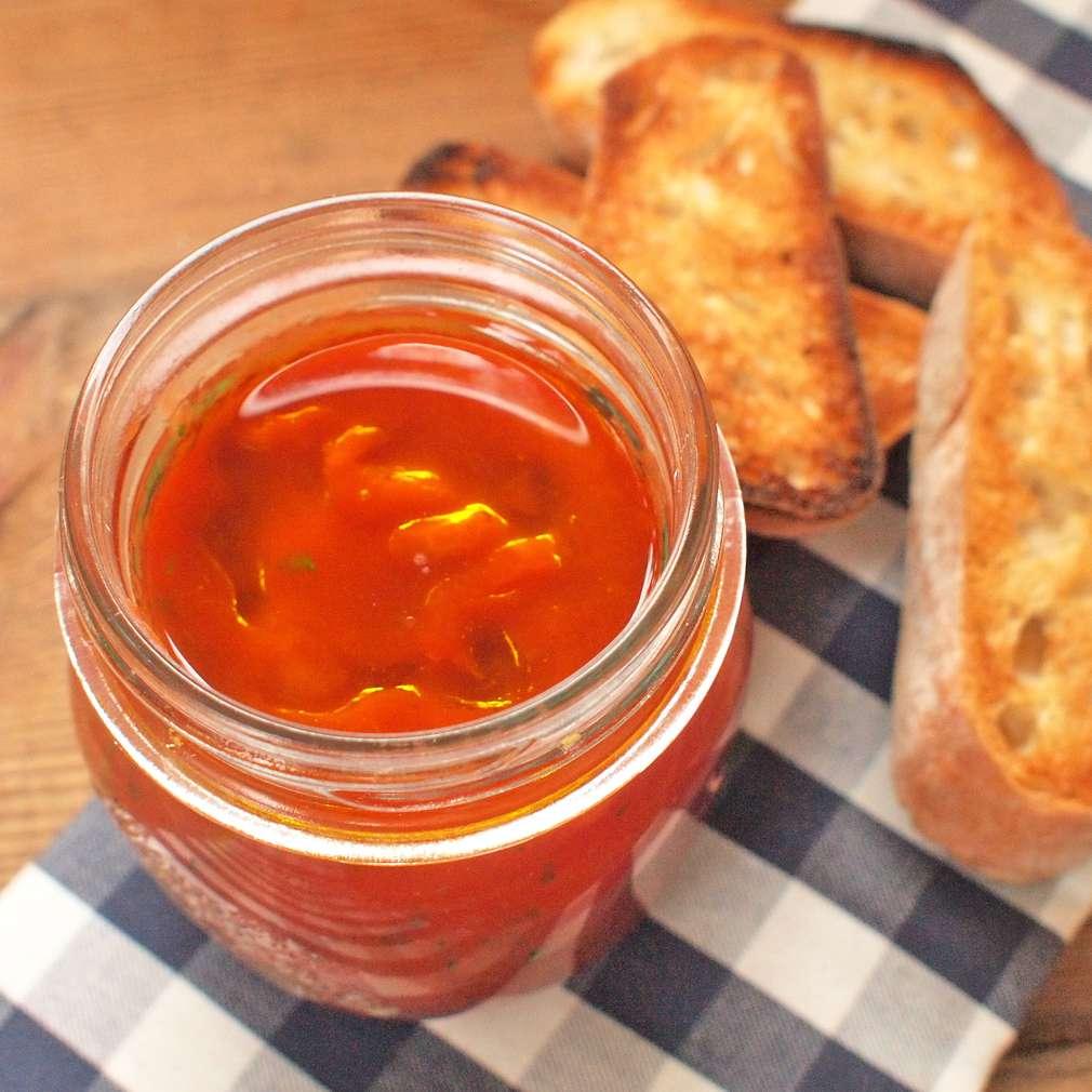 Zobrazit Španělské topinky s rajčaty receptů