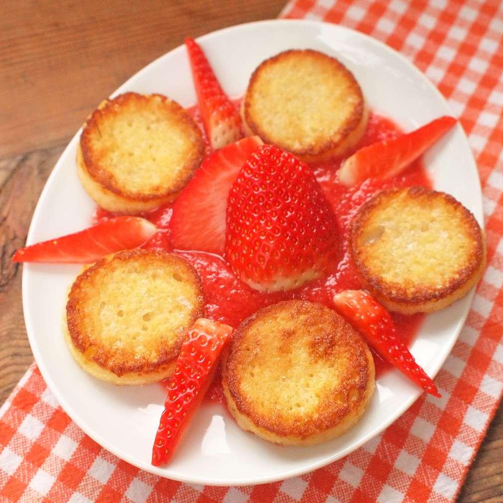 Zobrazit Máslové toasty s jahodovou omáčkou receptů