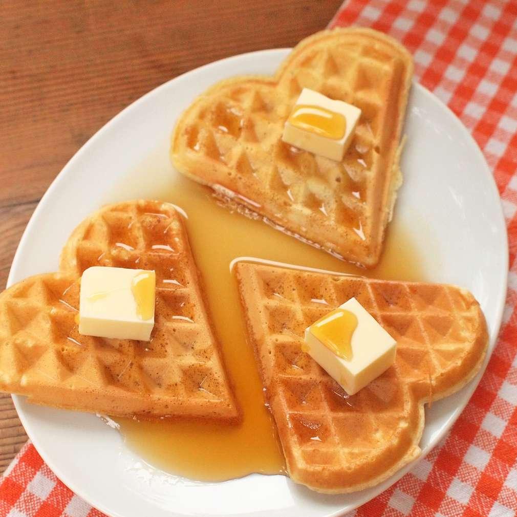 Zobrazit Snídaňové vafle s javorovým sirupem receptů