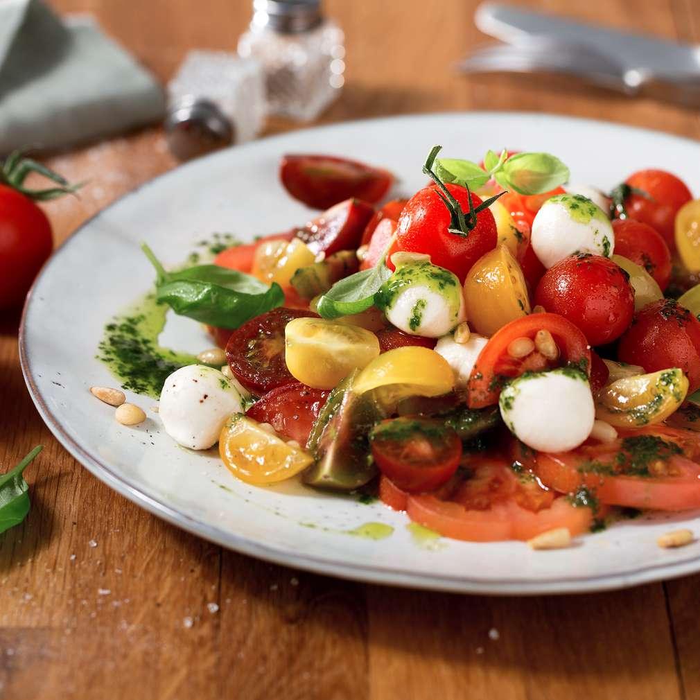 Imaginea rețetei Salată Caprese pestriță