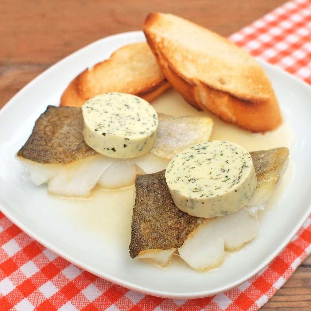 Zobrazit Skrei filety s bylinkovým máslem receptů
