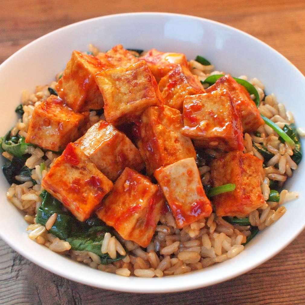 Zobrazit Hnědá rýže s pálivým tofu receptů