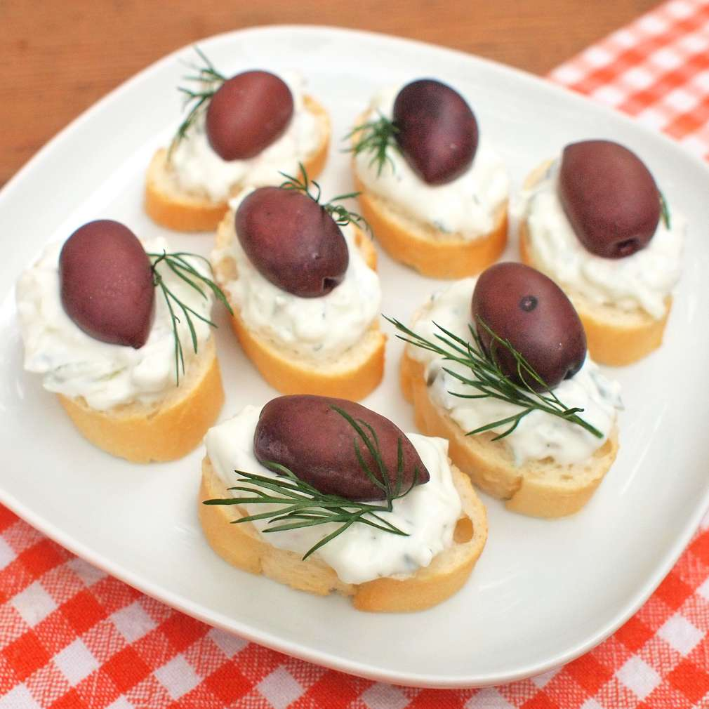 Zobrazit Řecké pita kanapky receptů