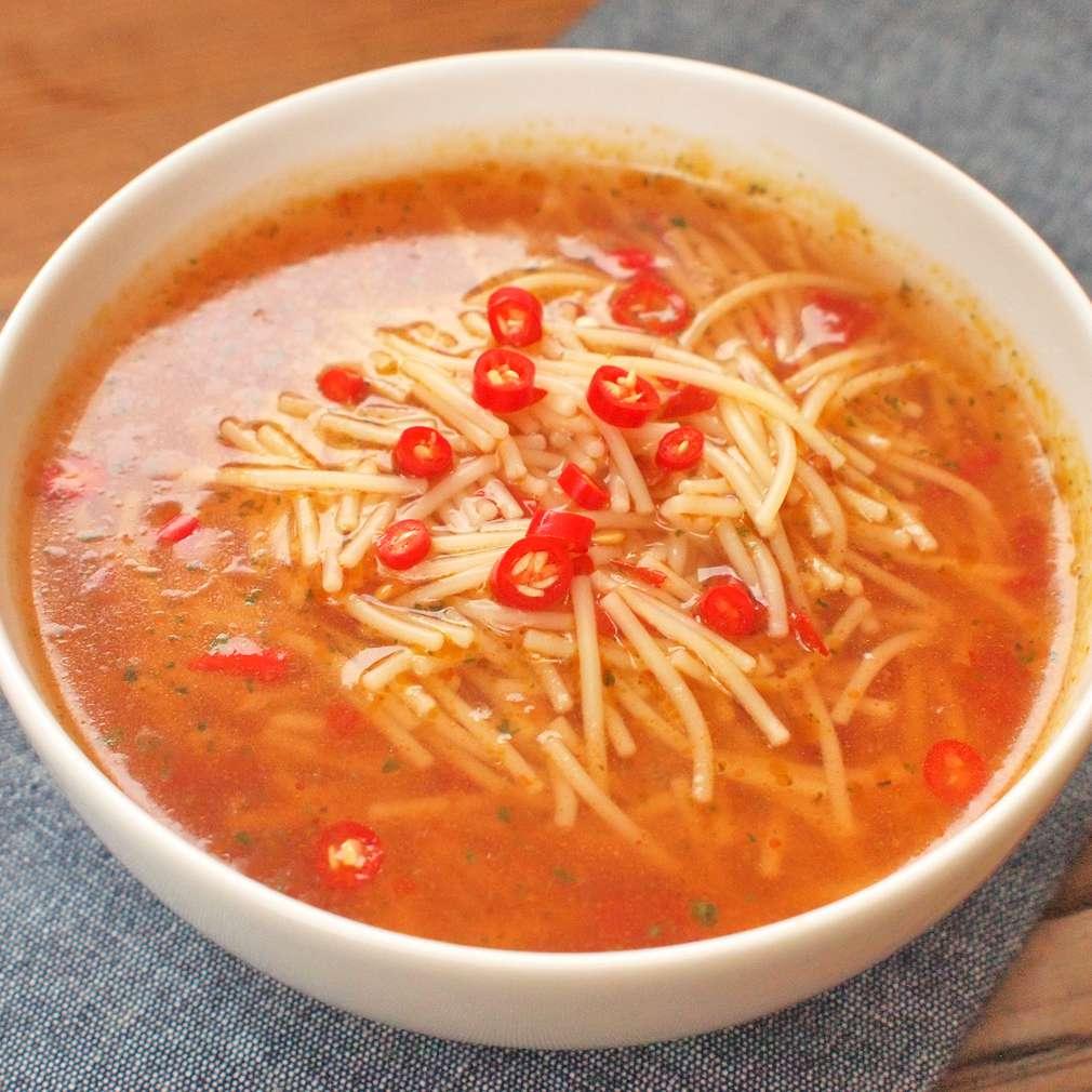 Zobrazit Vyprošťovací vývar s chilli receptů