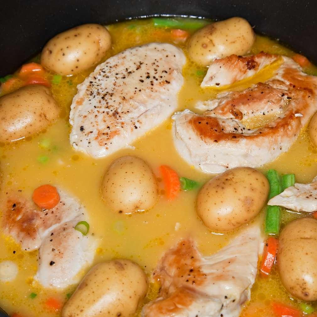 Imaginea rețetei Sote de pui cu legume
