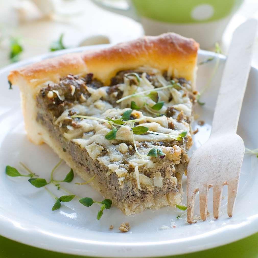 Imaginea rețetei Tartă cu ficat de miel și semințe de pin