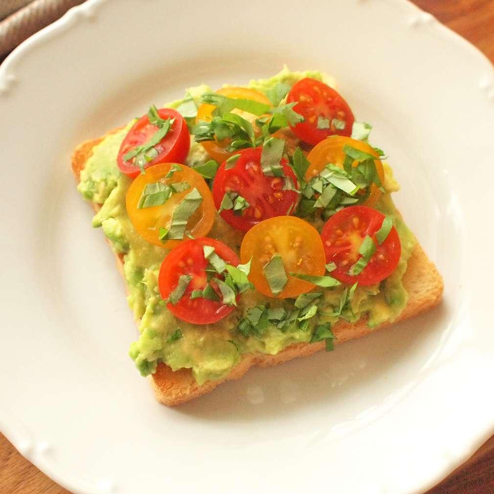 Zobrazit Toast s avokádem receptů