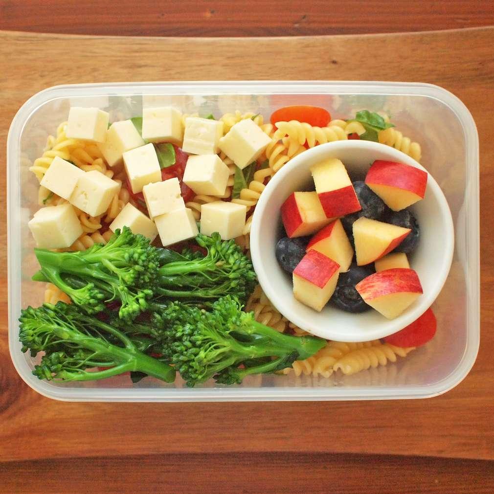 Zobrazit Těstovinový salát do krabičky receptů