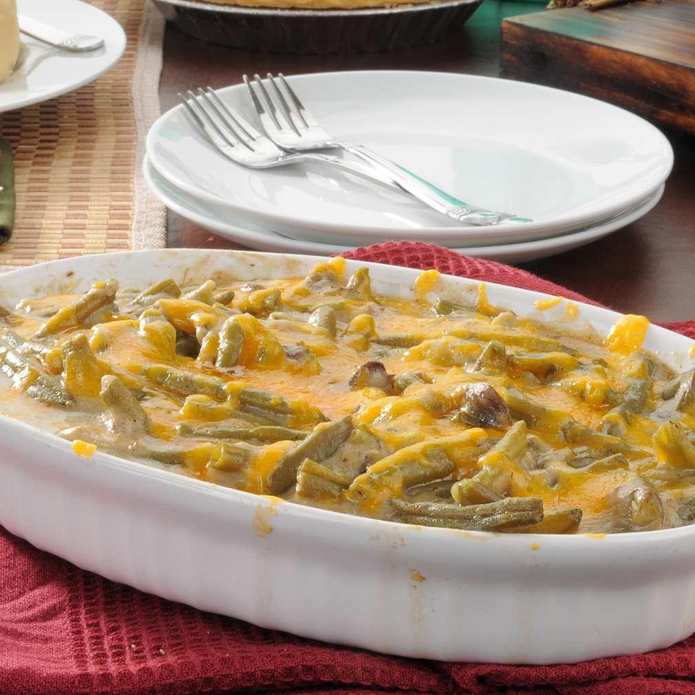 Imaginea rețetei Fasole verde gratinată cu brânză Ceddar