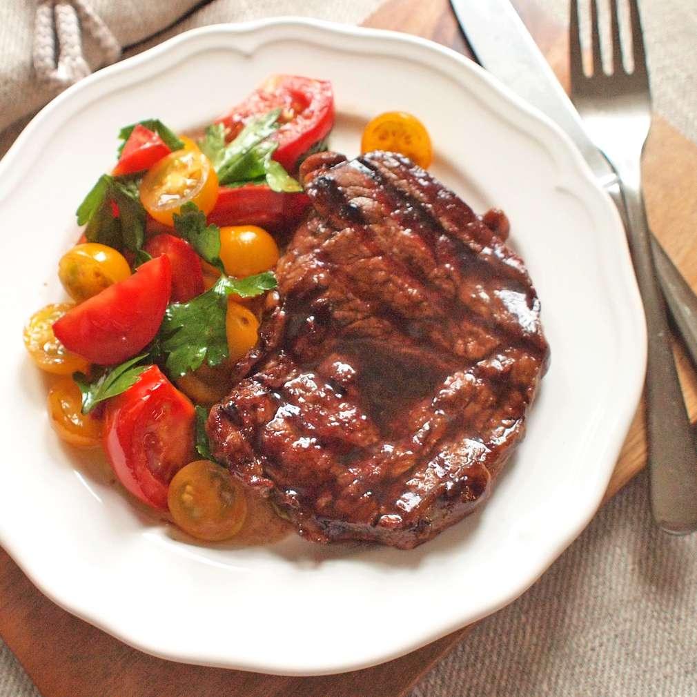 Zobrazit Grilovaný steak v balsamico marinádě receptů