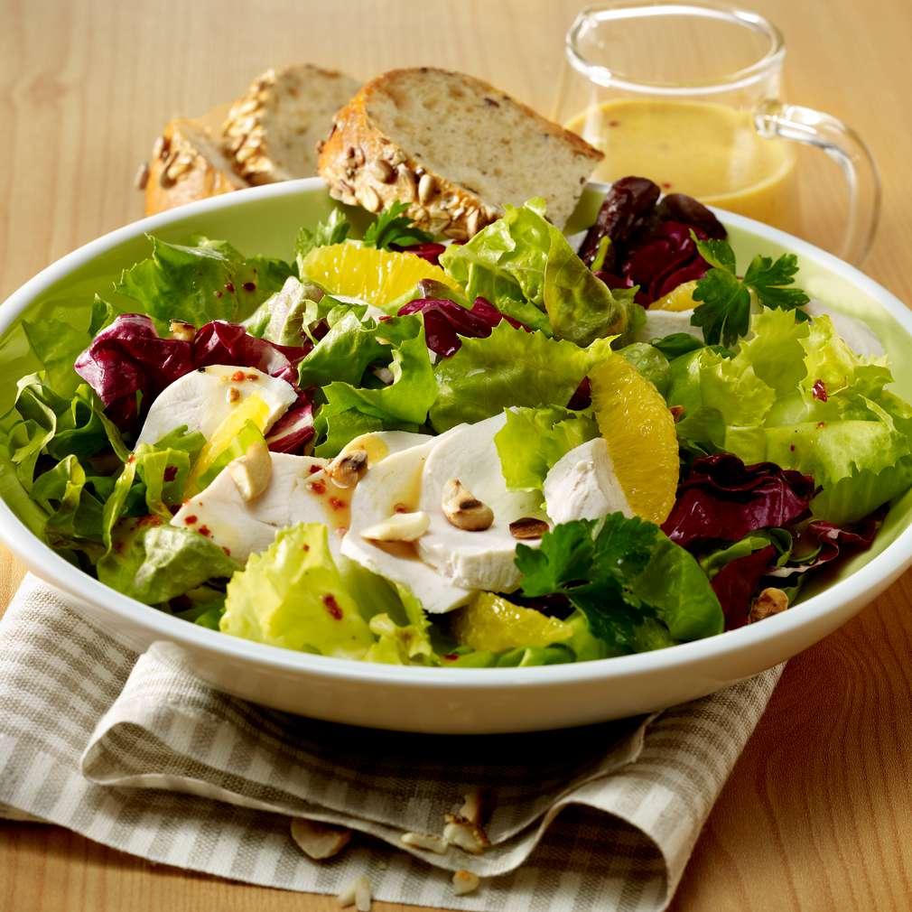 Abbildung des Rezepts Bunter Wellness-Salat mit Pute