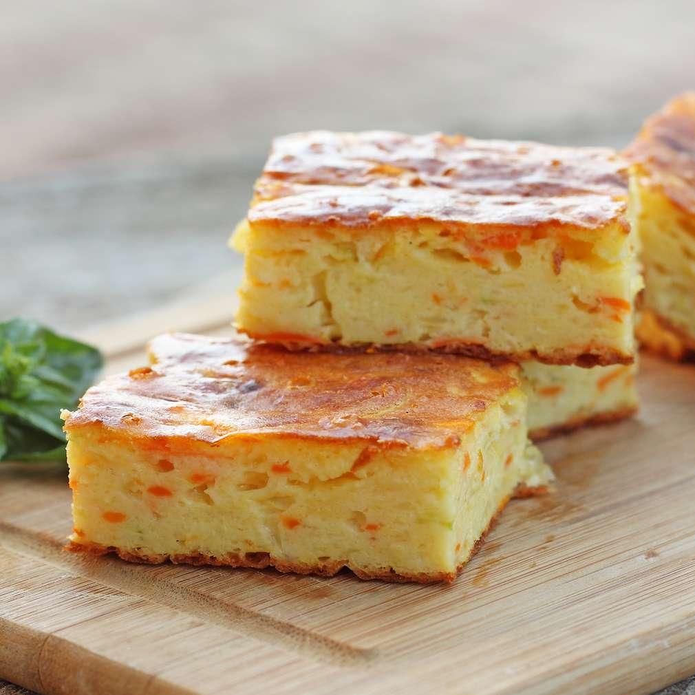 Plăcintă cu brânză și morcovi