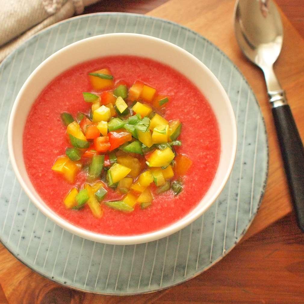 Zobrazit Studená melounová polévka receptů