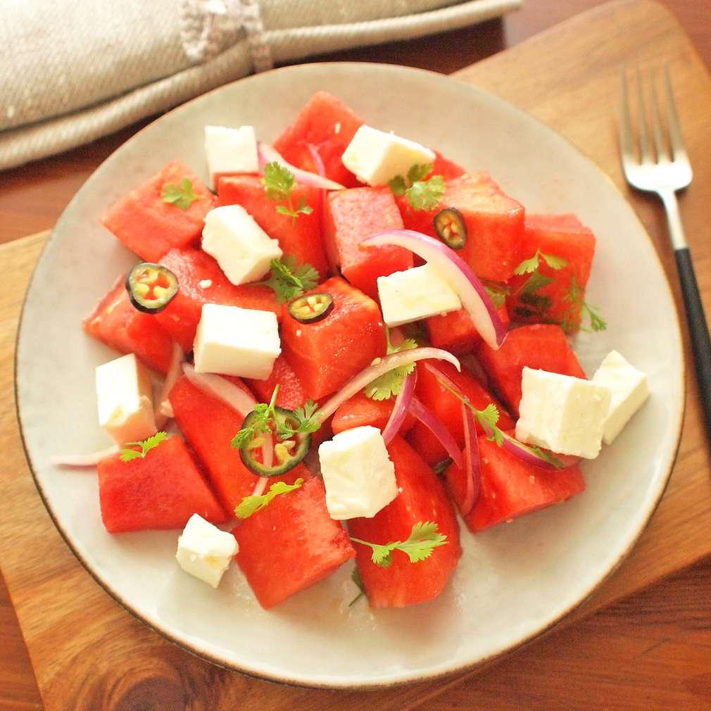 Zobrazit Melounový salát s chilli a koriandrem receptů