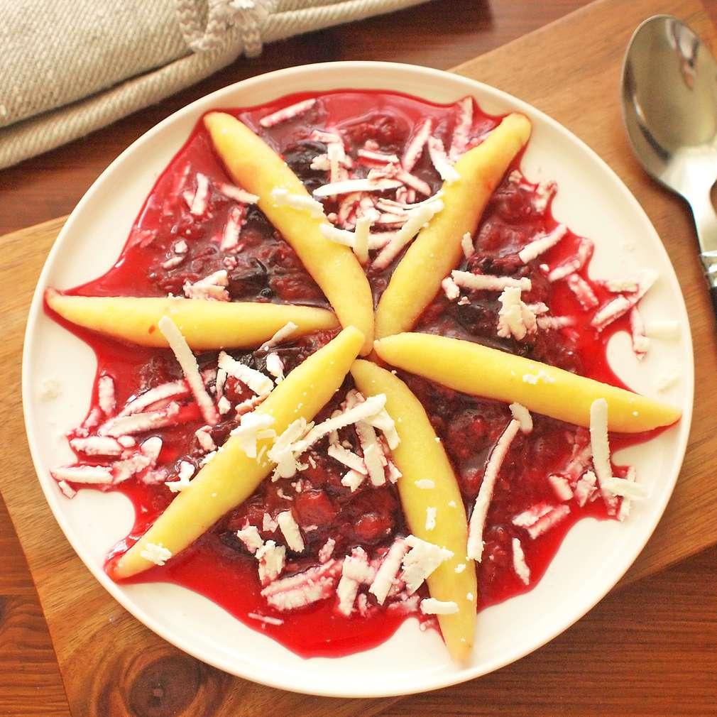 Zobrazit Bramborové šišky se švestkovou omáčkou receptů