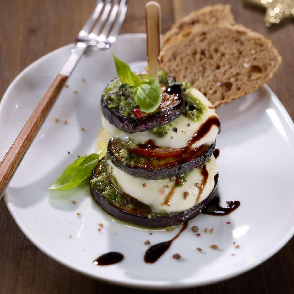 Imaginea rețetei Turnulețe din legume și Mozzarella