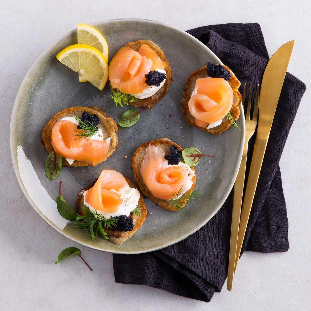 Abbildung des Rezepts Blinis mit Räucherlachs und Kaviar