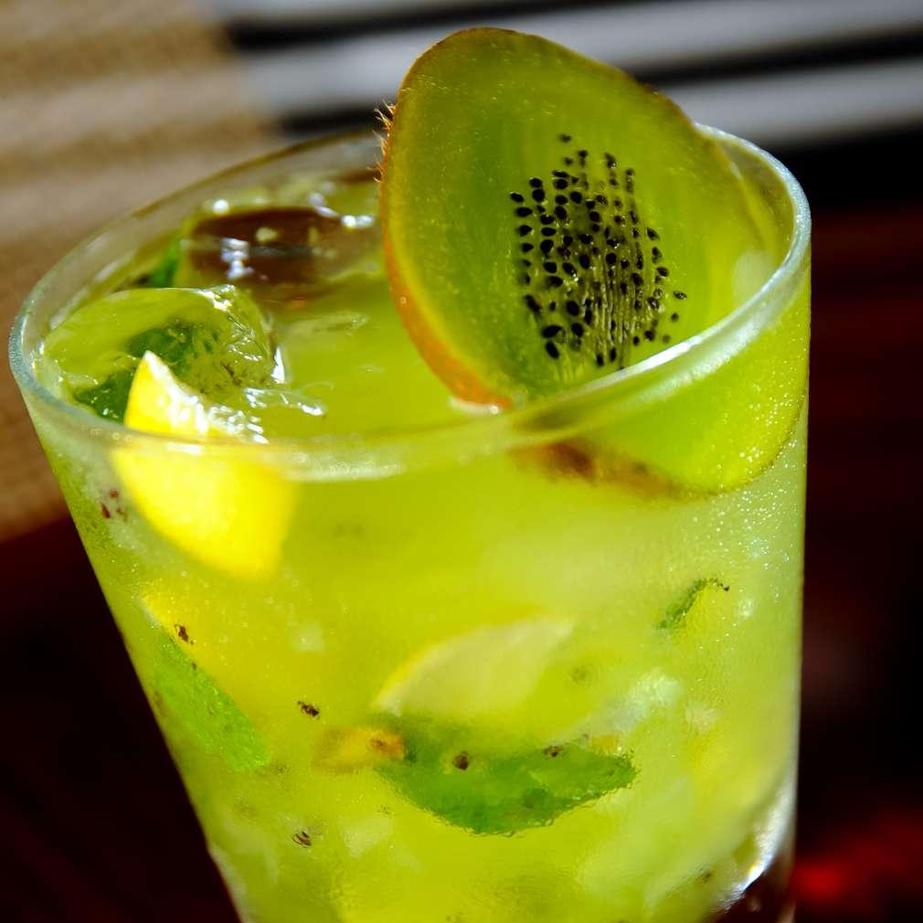 Imaginea rețetei Limonadă cu kiwi