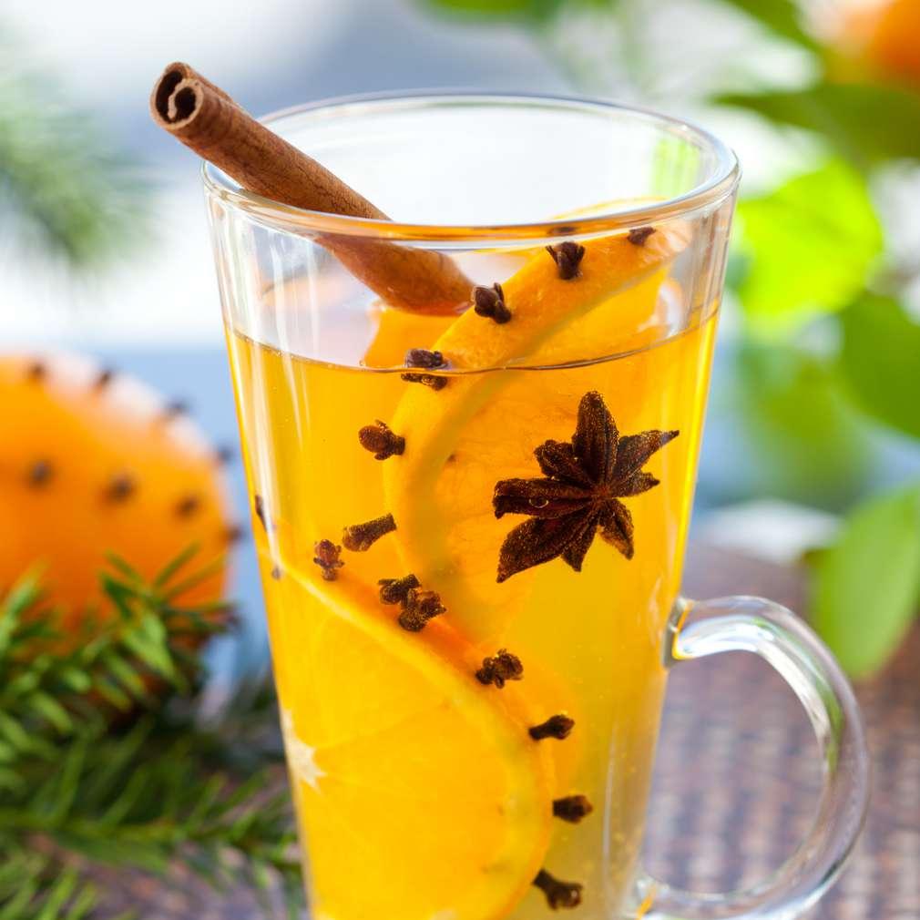 Imaginea rețetei Vin fiert cu portocale