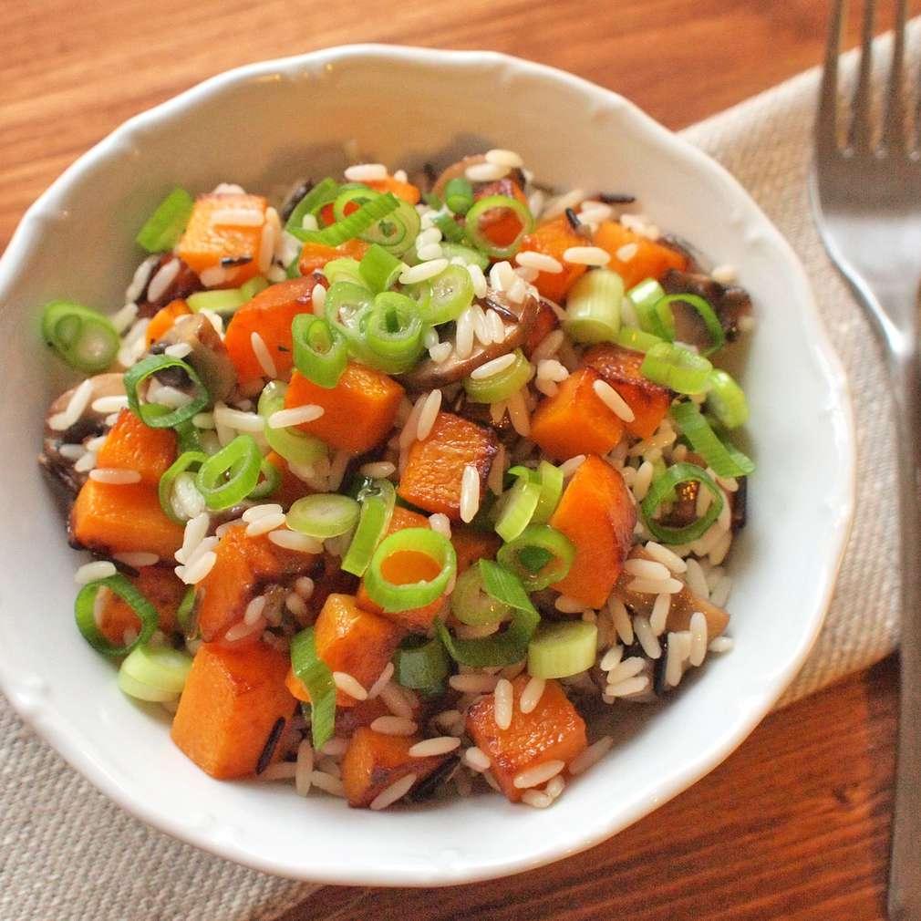 Zobrazit Divoká rýže s pečenou dýní receptů